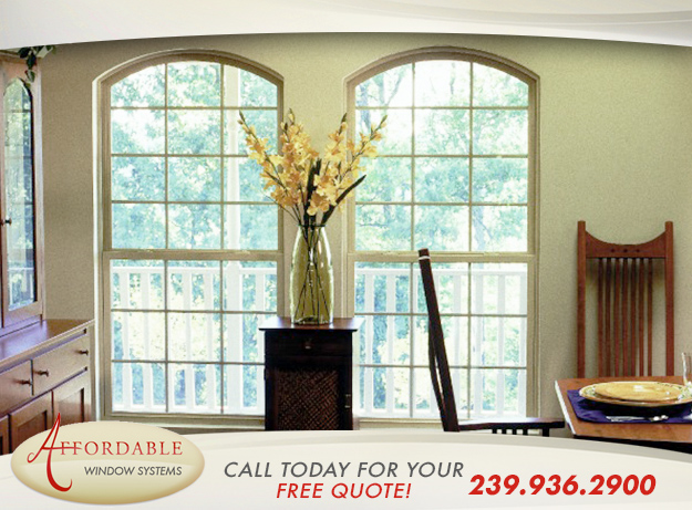 Replacement Single Hung Windows in and near Cape Coral Florida